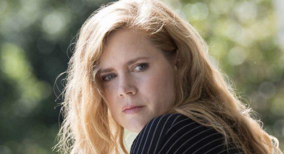 """Amy Adams talks """"intense"""" mini-series 'Sharp Objects' with Flicks"""