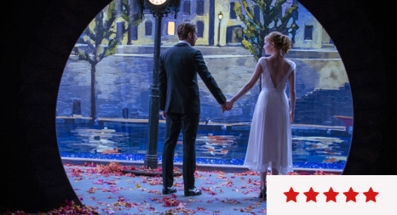 Review: 'La La Land' is a Delirious Ode to Romance in All Its Meanings