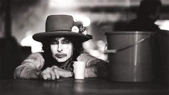 Rolling Thunder Revue is a brilliant, mind-bending film about performance and fakery